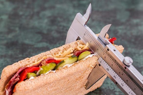 dünnes Sandwich wird gemessen